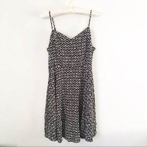 Old Navy    Fit & Flare Black & White Cami Dress